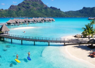VC126 Tours para visitar Santiago de Chile – Isla de Pascua – Tahiti