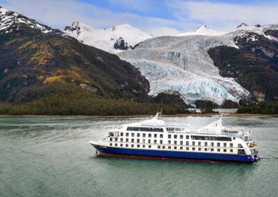 Crucero Stella Australis o Ventus Australis Salidas desde Punta Arenas a Ushuaia